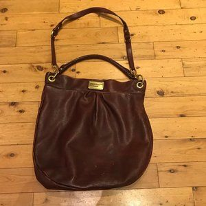 Marc by Marc Jacobs Hillier Hobo Bag in Wine